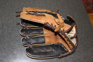 Leather Baseball glove size 10.5 left handed