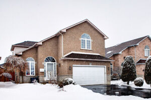 BEAUTIFUL WELL MAINTAINED HOME IN HAMILTON