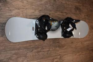 Burton Clash 151cm. snowboard / Burton bindings & boots.