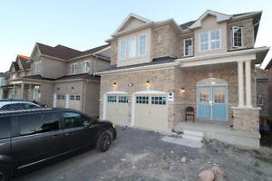 House for rent 4 bedroom 2 storey newer house