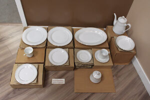 61 piece Crown Ming Classic Gold dinner set for 12 porcelain