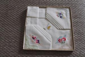 3 mouchoirs tissu