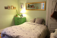 Bright room available in Mile End for mid-July or August