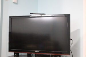 Samsung TV 40 inch with RCA Home Theatre for Sale