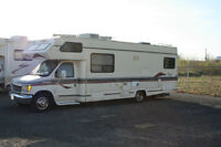Royal Classic Class C RV Motorhome - loaded and ready to roll.