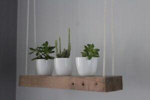 Balançoire en bois avec 3 cache-pots (cactus non inclus)