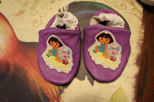 Dora Shoes Kitchener / Waterloo Kitchener Area image 1