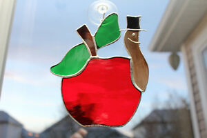 Stained Glass Apple (a perfect teachers gift)