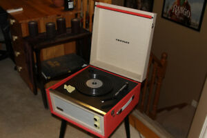 Portable Turntable Crosley Dansette Bermuda LIKE NEW turn table