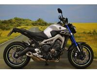 Yamaha MT-09 2015**ABS, DIGITAL DISPLAY, RIDER POWER MODES, TAIL TIDY**