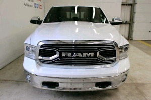 2017 Ram 1500 Limited Crew Cab 4x4, AIR, Private Sale! Only 17km