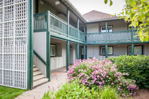 Fantastic furnished condo in Collingwood at Lighthouse Point!!!