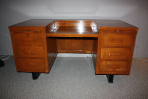 Antique Desk - Early 1900s Grand Oak Typewriter / Secretary
