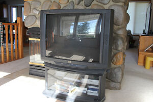 "32"" TV with Stand"