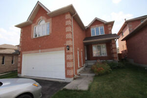 4+2 executive detached full finished brandnew basement seperated