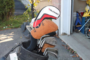 TAYLORMADE RIGHT HAND GOLF CLUB SET WITH BAG Kitchener / Waterloo Kitchener Area image 8