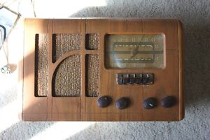 Marconi Radio with Compact Antenna