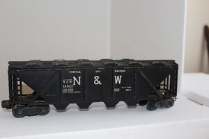 LIONEL TRAINS POST WAR ROLLING STOCK