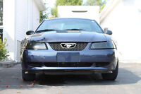 2002 Ford Mustang V6 3.8L (Seulement 78 000km)