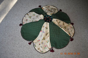 Christmas Tree Skirts Kawartha Lakes Peterborough Area image 3
