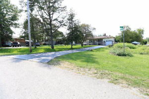 Bungalow home with commercial zoning for sale!