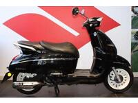 2016 66 PEUGEOT DJANGO 125 HERITAGE INK BLACK, BRAND NEW, PRE REGISTERED VESPA S