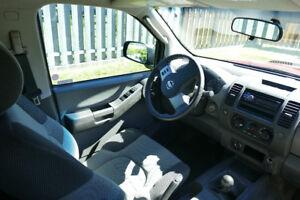 2005 Nissan Xterra S SUV, Crossover
