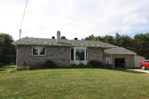 Bedford Canton, 727 Maurice