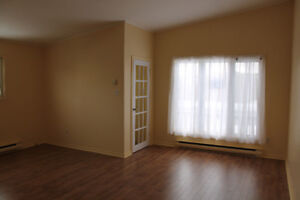 Move in Ready 2 Bdrm Apt - Available immediately