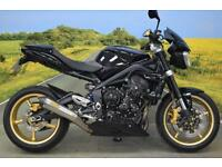 Triumph Street Triple R 2011 **ARROW EXHAUST, SEAT COWL, DIGITAL DISPLAY **