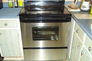 Maytag  refregerator/freezer 22.5 cf & Whirlpool Stove/Oven
