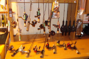 ICE FISHING RODS - REELS AND ROD AND REEL COMBOS