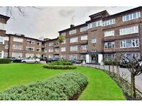 3 bedroom flat in Avenue Close, St. Johns Wood, NW8