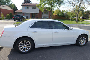 2014 Chrysler 300 - B2B Warranty to 100k, Winter Tires Incl