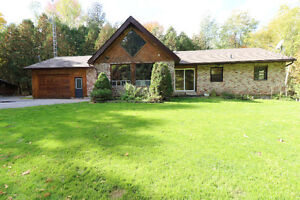 Charming Country House In Innisfil