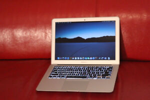 """Early 2014 MacBook Air 13"""" / Core i5 /128 GB SSD /Great Computer"""