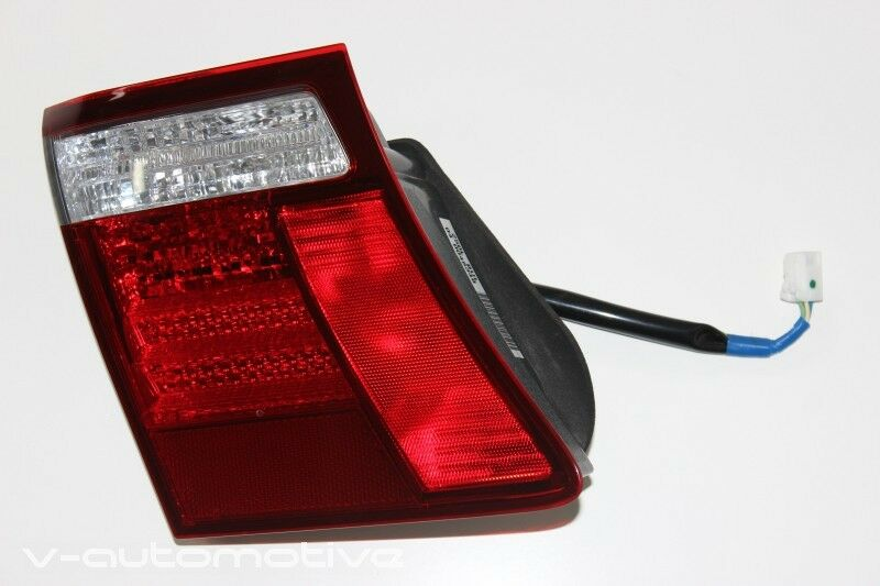 2007 LEXUS LS 460 / COMPLETE LH INNER REAR LIGHT