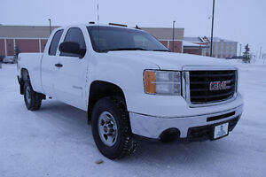 2010 GMC SLE Pickup Truck 4x4/Extended Cab $21,987.00