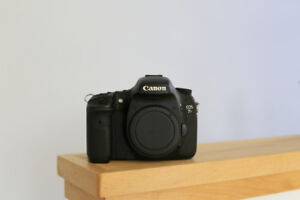 Canon 7D (professionally cleaned)