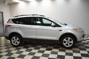 2014 Ford Escape SE 4X4 -  BACKUP CAM  *  A/C