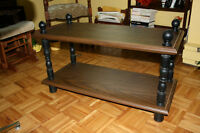 TABLE BASSE  2 TABLETTES