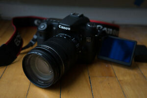CANON 70D D/ 18-135mm and extras!