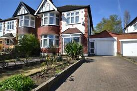 4 bedroom house in Church Vale, East Finchley, N2