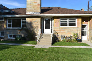 Renovated 3 Bedroom in Whitby by the Lake - Open House Saturday