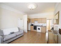 1 bedroom flat in Avondale Avenue, Woodside Park, N12