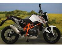 KTM Duke 690 2014** 2523 Miles, Power Part Seat, Digital Display