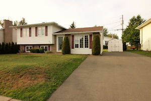 REDUCE PRICE ! House for sale - MONCTON