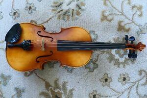 Stradivarius copy - Beautiful Czech violin