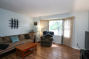 WEST GALT 2 STOREY LOCATED ON A BEAUTIFUL LOT-NO REAR NEIGHBOURS Cambridge Kitchener Area image 3