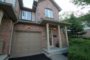 3 Bed 3 washrooms Town House in Erin Mills Mississauga